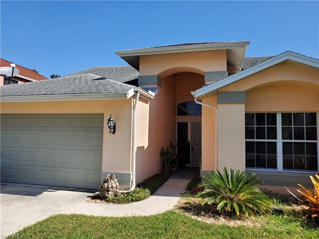 17901 Castle Harbor Dr, Fort Myers, FL 33967