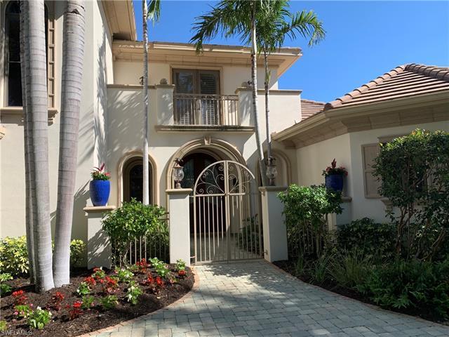 1550 Crayton Rd, Naples, FL 34102