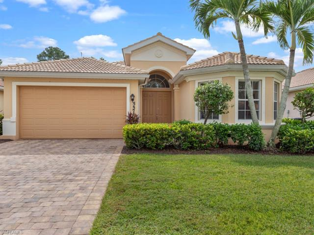 5576 Lago Villaggio Way, Naples, FL 34104