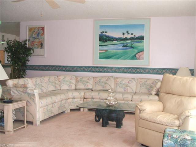 5955 Bloomfield Cir A205, Naples, FL 34112