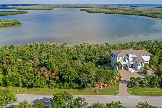 882 Whiskey Creek Dr, Marco Island, FL 34145