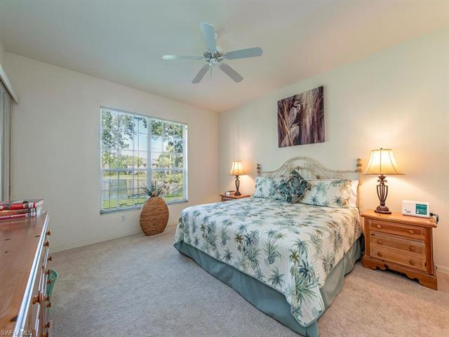 668 Wiggins Lake Dr 101, Naples, FL 34110