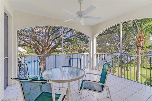 57 Silver Oaks Cir 13204, Naples, FL 34119