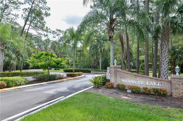 5652 Woodmere Lake Cir C-202, Naples, FL 34112