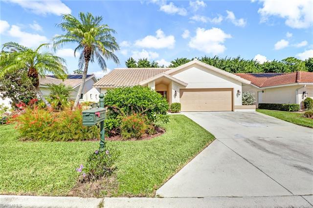 149 Saint James Way, Naples, FL 34104