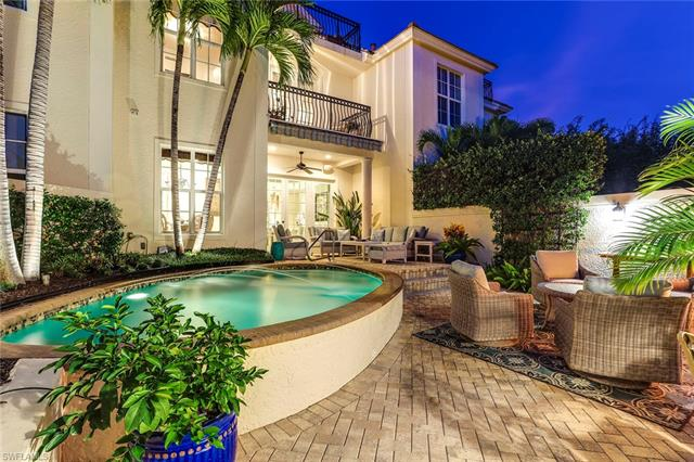 460 11th Ave S 2, Naples, FL 34102