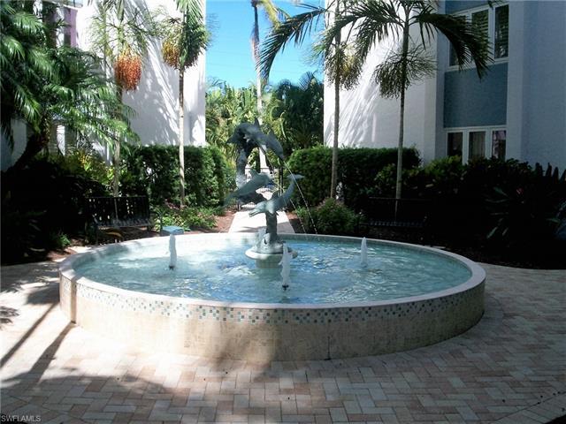 1300 Gulf Shore Blvd N 407, Naples, FL 34102