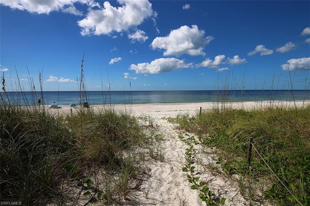1717 Gulf Shore Blvd N 602, Naples, FL 34102