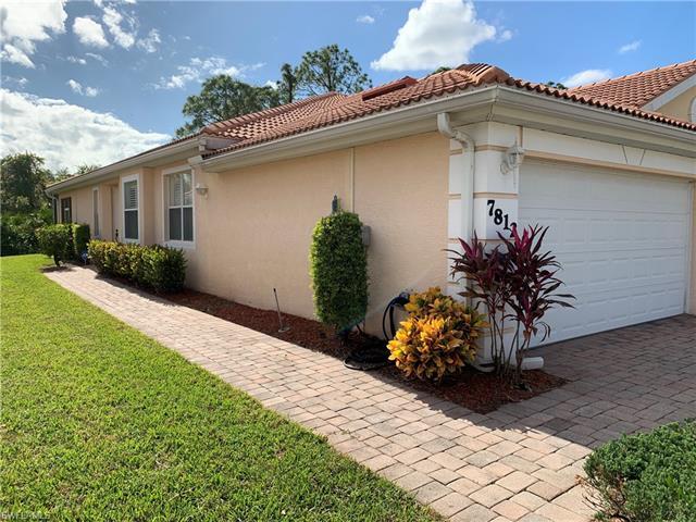 7812 Berkshire Pines Dr, Naples, FL 34104