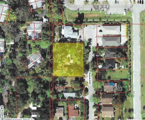 1089 Steeves Ave, Naples, FL 34104