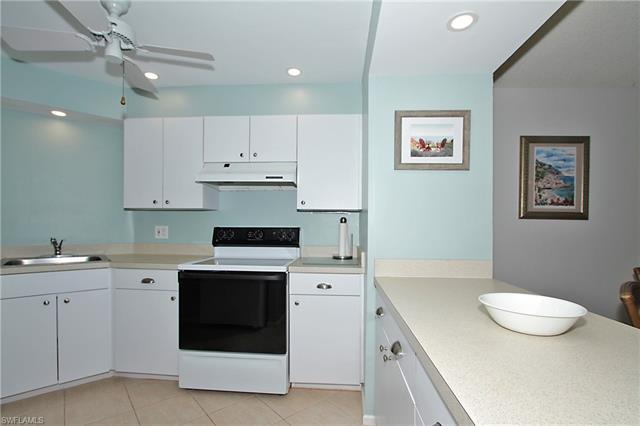 1 Bluebill Ave 306, Naples, FL 34108