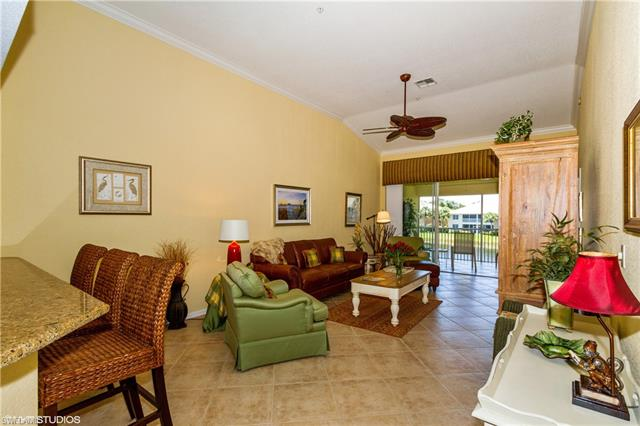 2230 Chesterbrook Ct 5-202, Naples, FL 34109