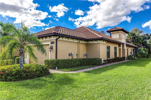 6589 Roma Way, Naples, FL 34113