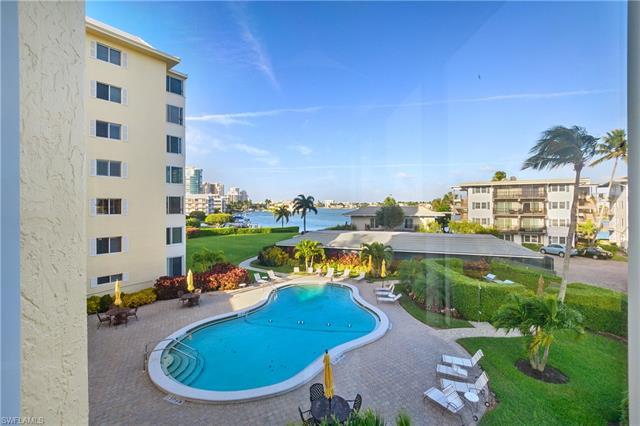 3410 Gulf Shore Blvd N 301, Naples, FL 34103