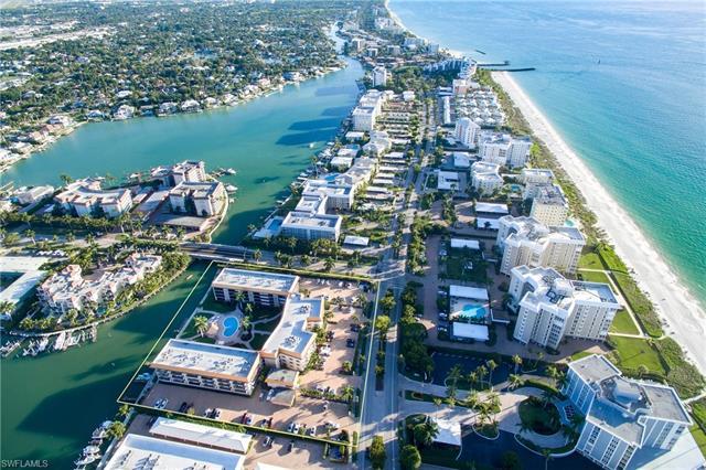 2900 Gulf Shore Blvd N 212, Naples, FL 34103