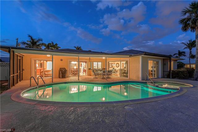 348 Conners Ave, Naples, FL 34108