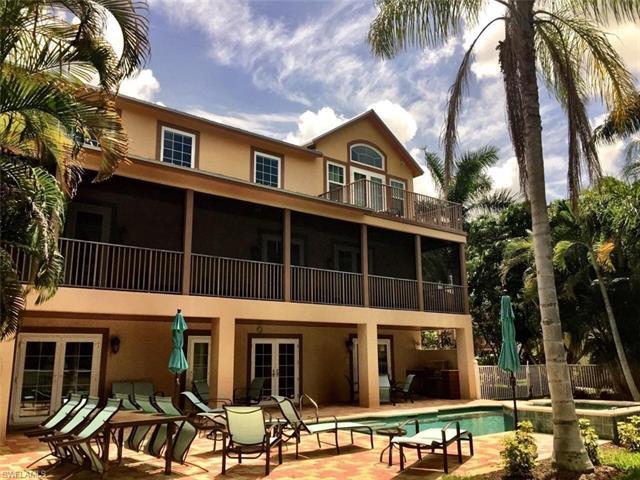 207 San Mateo Dr, Bonita Springs, FL 34134