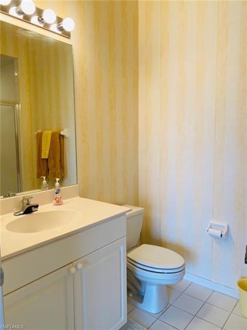 1229 Egrets Lndg 202, Naples, FL 34108