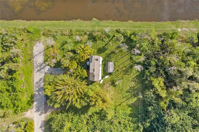 3260 Woodside Ave, Naples, FL 34112