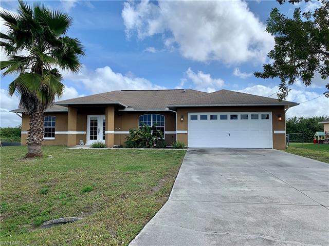 843 Nyasa Ave, Fort Myers, FL 33913