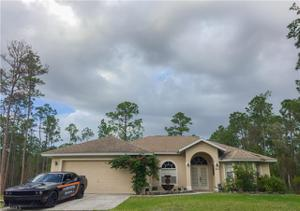 4891 Hickory Wood Dr, Naples, FL 34119