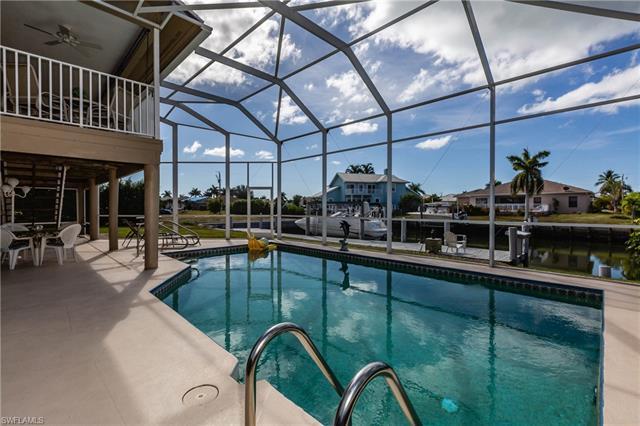 390 Waterleaf Ct, Marco Island, FL 34145