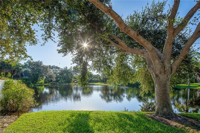 1240 Shady Rest Ln 102, Naples, FL 34103