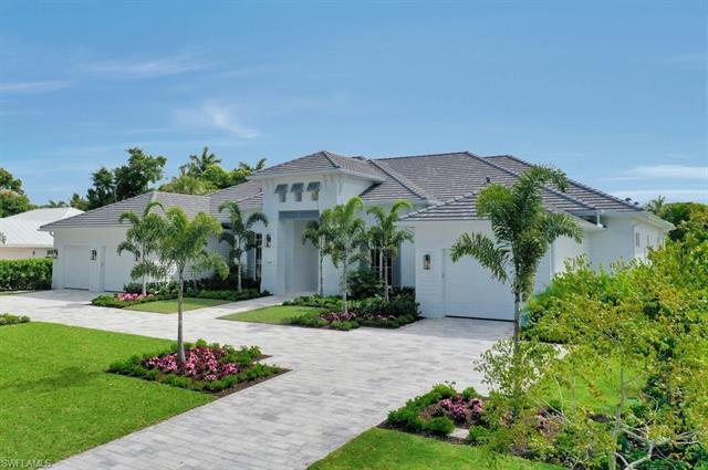 1670 Crayton Rd, Naples, FL 34102