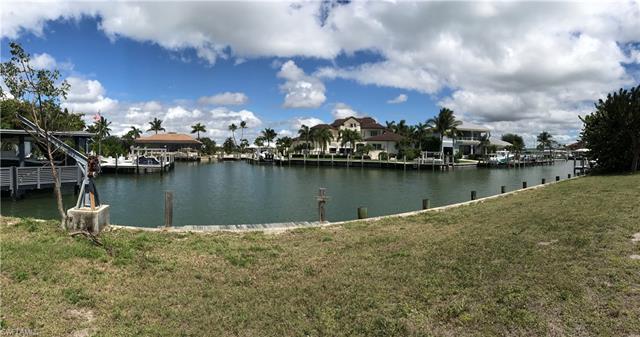 923 Sundrop Ct, Marco Island, FL 34145