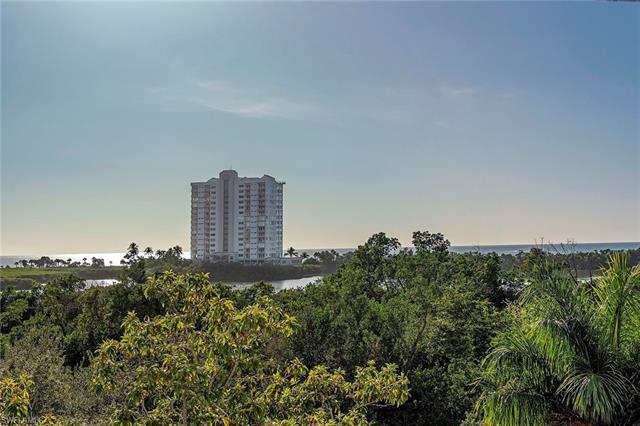 5501 Heron Point Dr 303, Naples, FL 34108