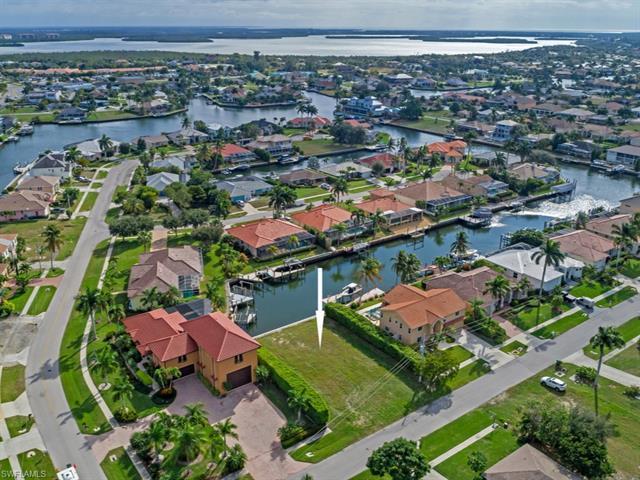 145 Columbus Way, Marco Island, FL 34145
