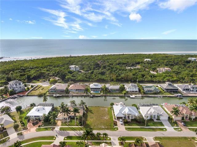 341 Henderson Ct, Marco Island, FL 34145