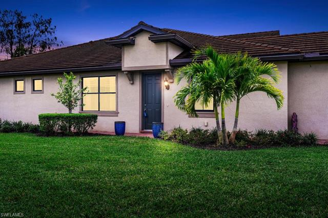 7110 Live Oak Dr, Naples, FL 34114