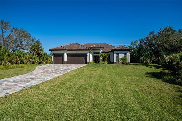 522 19th St Nw, Naples, FL 34120