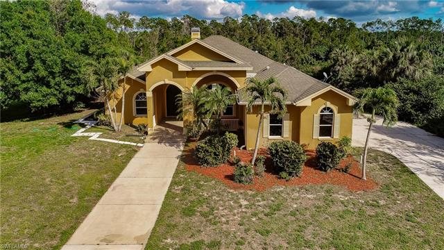 160 Logan Blvd S, Naples, FL 34119