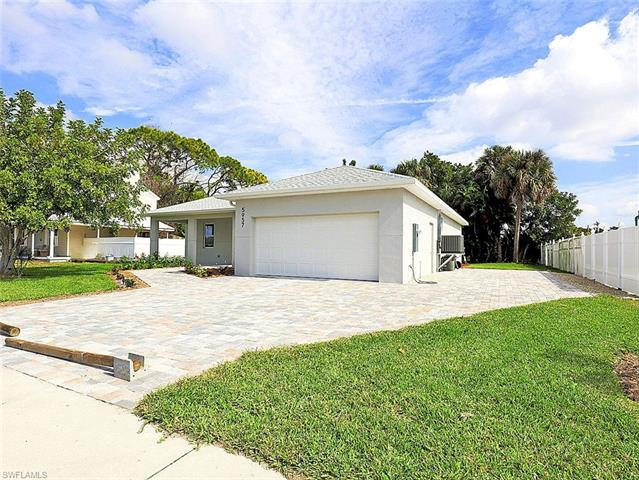 5957 Poetry Ct, North Fort Myers, FL 33903