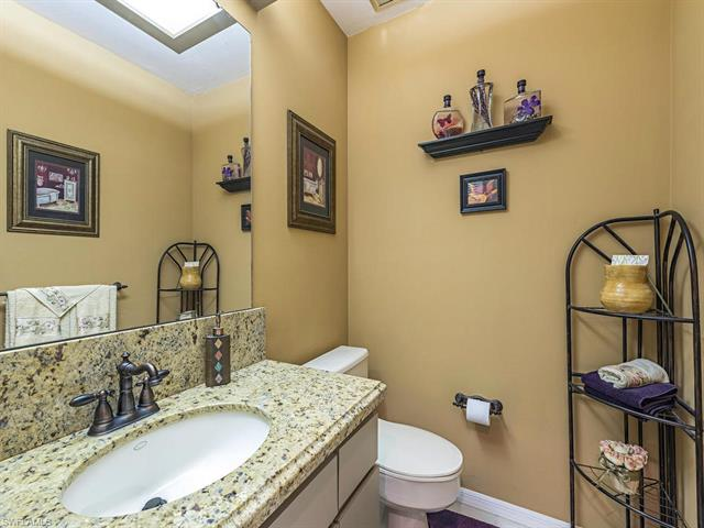 812 Pine Creek Ln, Naples, FL 34108