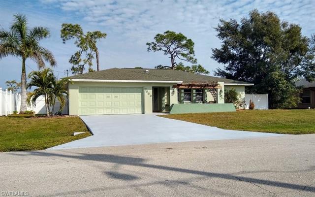 7659 Laurel Valley Rd, Fort Myers, FL 33967