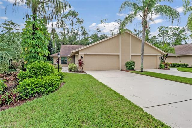 101 Fox Glen Dr 6-4, Naples, FL 34104