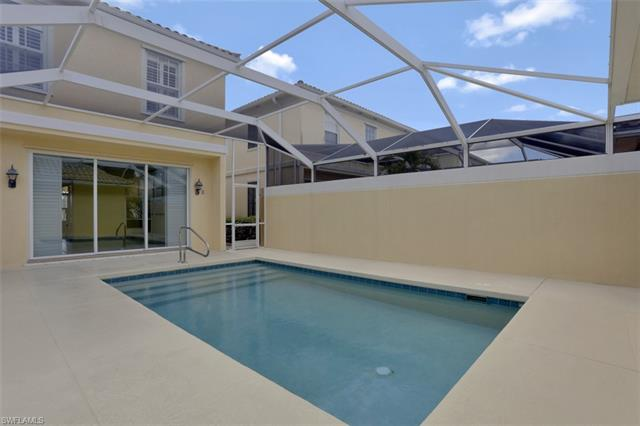 6024 Towncenter Cir, Naples, FL 34119
