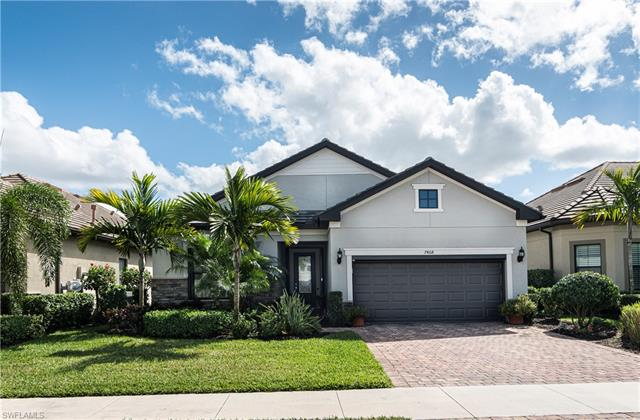 7468 Blackberry Dr, Naples, FL 34114