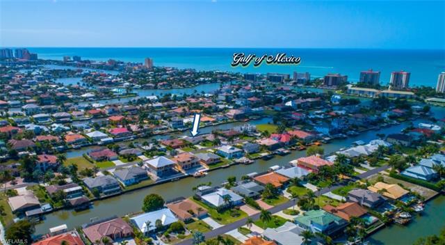 376 Heron Ave, Naples, FL 34108