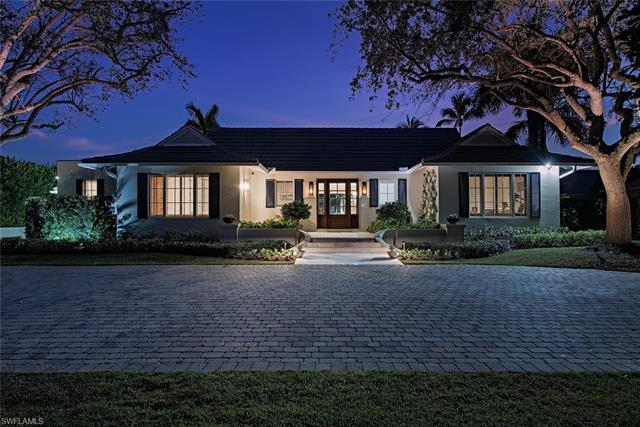 2640 Half Moon Walk, Naples, FL 34102