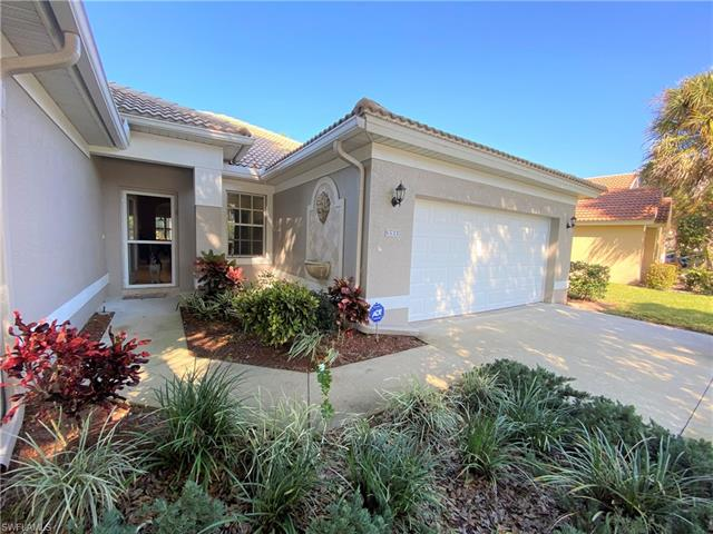 6533 Autumn Woods Blvd, Naples, FL 34109