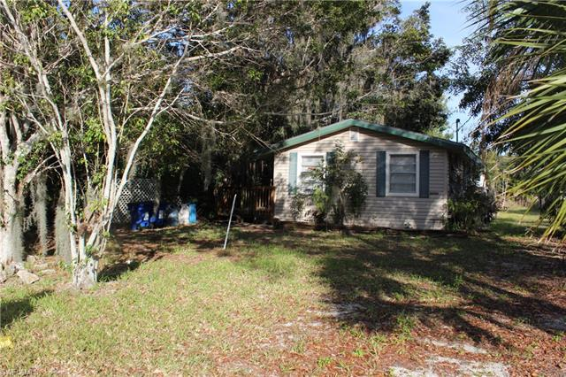 26901/903 Pine Ave, Bonita Springs, FL 34135