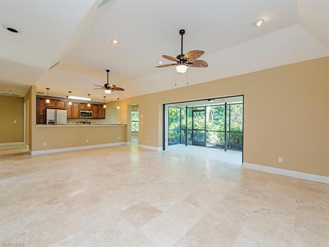 9886 El Greco Cir, Bonita Springs, FL 34135
