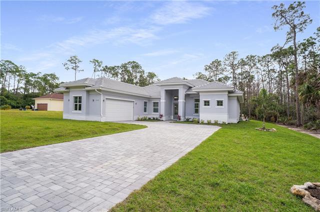 9422 Strike Ln, Bonita Springs, FL 34135