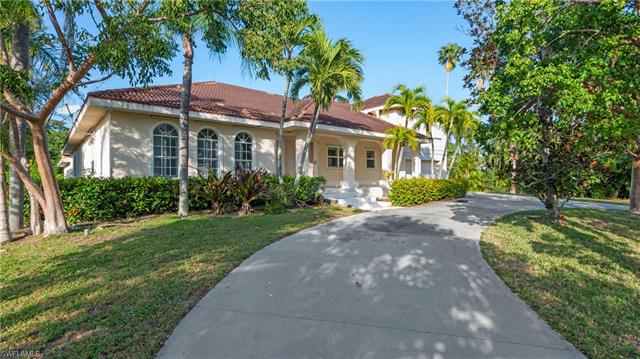 1840 Inlet Dr, Marco Island, FL 34145