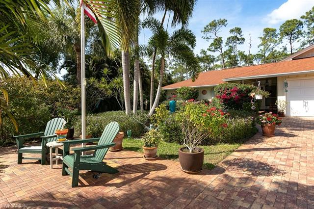 10150 Winchester Wood, Naples, FL 34109