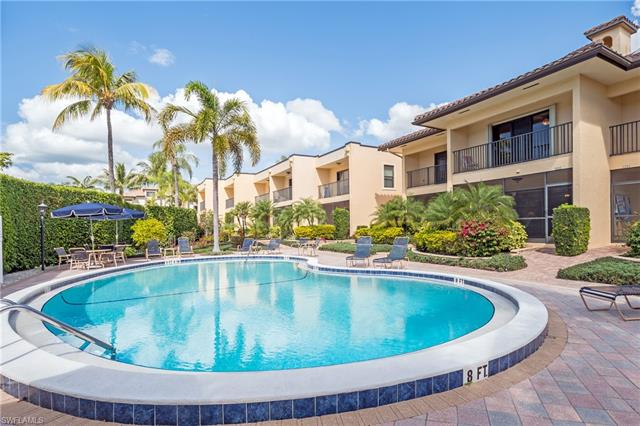 1050 6th St S 1050, Naples, FL 34102